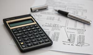 Trápí vás finanční potíže? Zbavte se jich dobrými návyky!