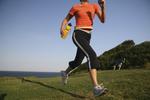 Vyzkoušejte power walking aneb Rychlou chůzí ke zdraví i plochému bříšku
