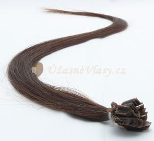 Jak získat dlouhé a husté vlasy? Nechejte si je prodloužit!