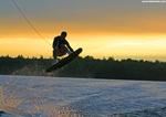 Znáte wakeboarding? Nový vodní sport se těší oblibě i u nás