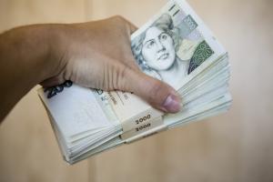 Co byste měli vědět, než si půjčíte peníze?